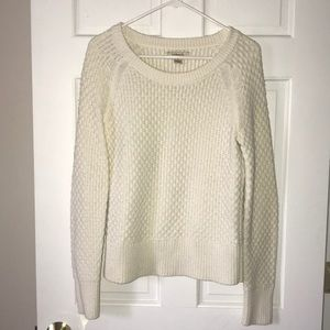🌸Super Cute GH Bass & Company Cream Sweater